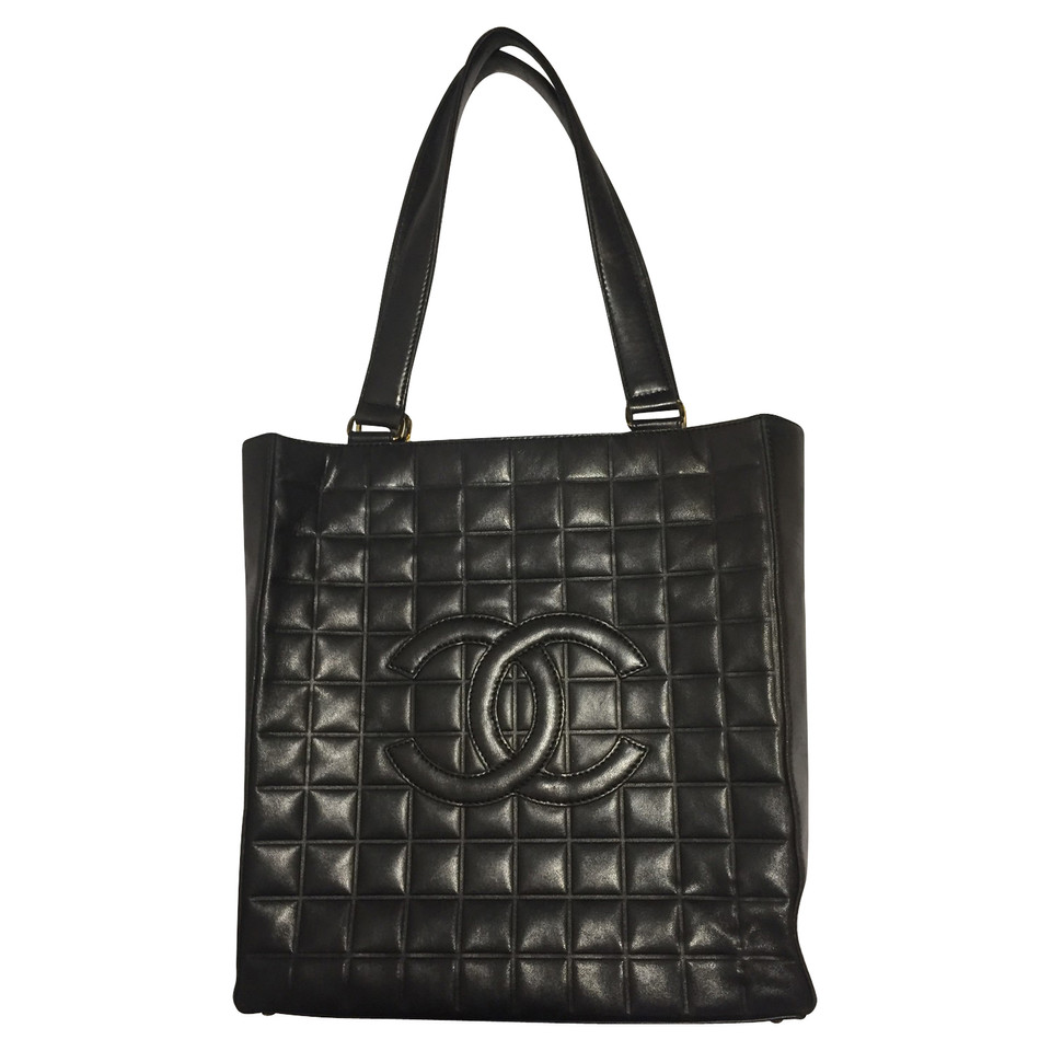 Chanel Shopper in black