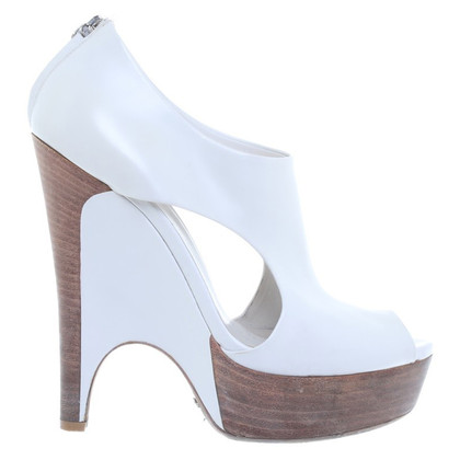Gucci High peep-toes White leather
