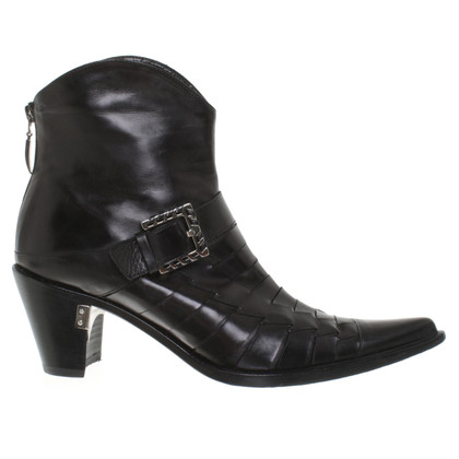 Cesare Paciotti Leather ankle boots in black