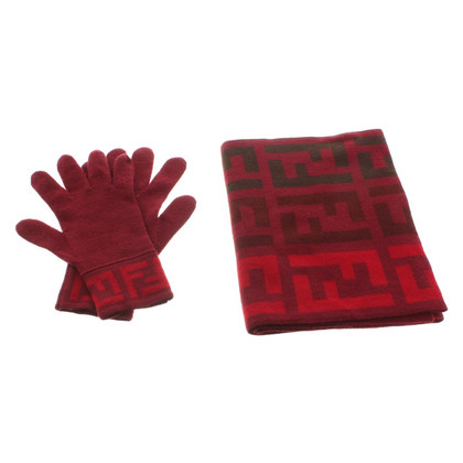 Fendi Scarf & gloves