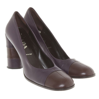 Prada pumps in purple / brown