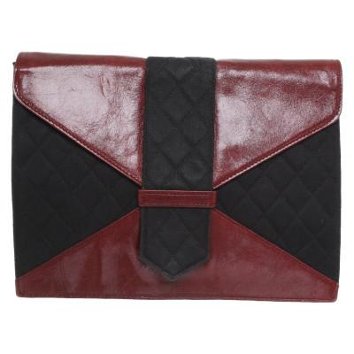 5a0890218c Yves Saint Laurent di seconda mano: shop online di Yves Saint ...