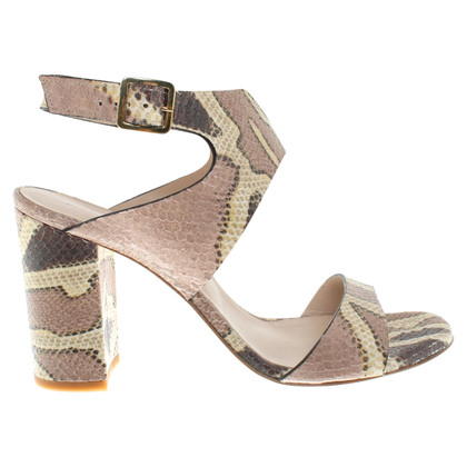 Konstantin Starke pumps en optique reptile