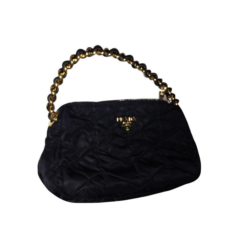 prada sac noir acheter prada sac noir second hand d. Black Bedroom Furniture Sets. Home Design Ideas