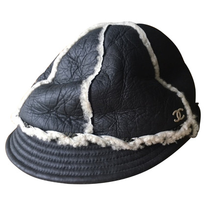 Chanel Cap aus Leder/Lammfell