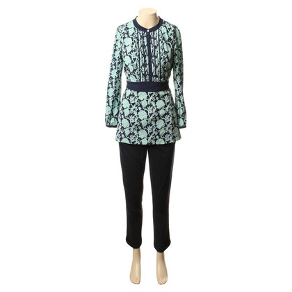 Tory Burch Summer suit with a floral pattern