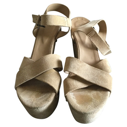 Vic Matie Suede wedges