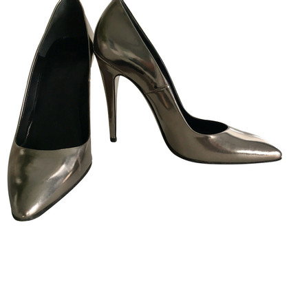 Hugo Boss Silvery pumps
