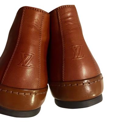 Louis Vuitton lace-up shoes