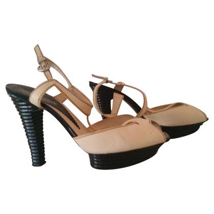 Armani Peep-dita dei piedi