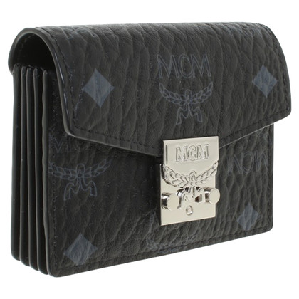 MCM Card case with Visetos pattern