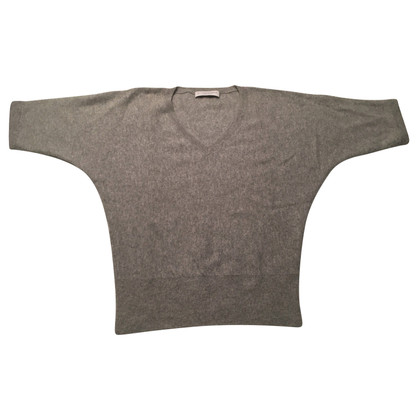 FTC Cashmere V sweater