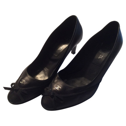 Chanel Schwarze Pumps