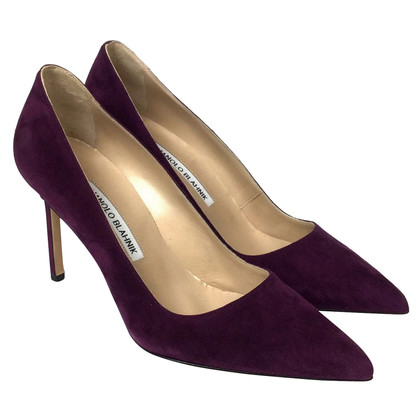 Manolo Blahnik Suede pumps