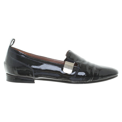 Vanessa Bruno Slippers patent leather