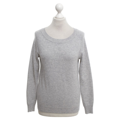 FTC Cashmere sweater in grey