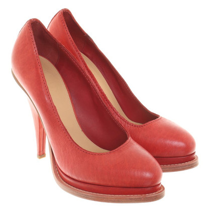 Acne Pumps in Rot
