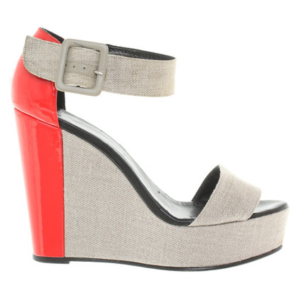 Pierre Hardy Wedges with patent leather detail
