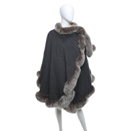 Sprung Frères Paris Cape with mink fur trim