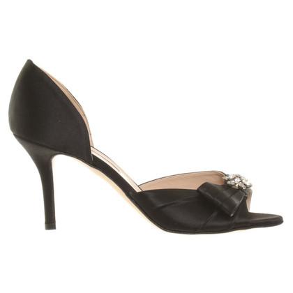 Oscar de la Renta Satin peep toes in black
