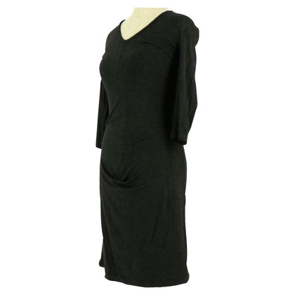 Tara Jarmon robe