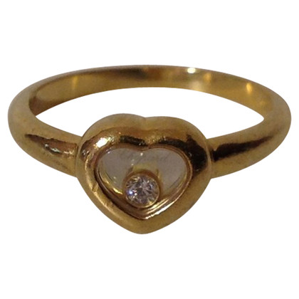 Chopard Golden ring in heart shape
