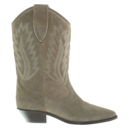Isabel Marant Boots in cowboy look