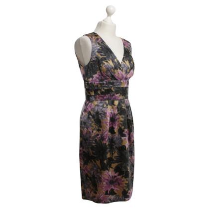 L.K. Bennett Tailliertes Kleid in Bunt