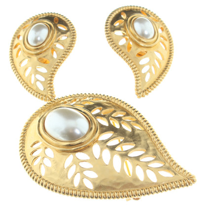 Lanvin Brooch and clip earrings
