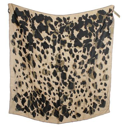 Burberry Cloth with animal design