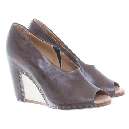 Maison Martin Margiela Wedges made of brown leather