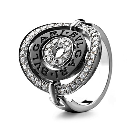 Bulgari Ring with diamonds