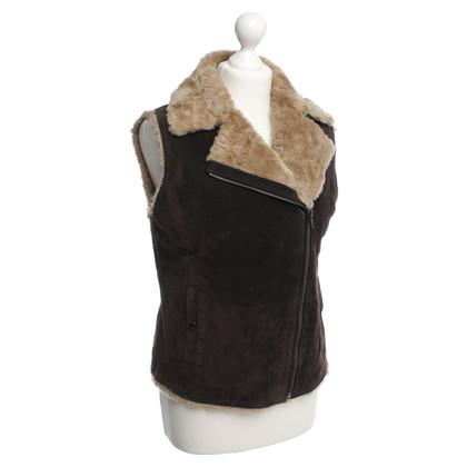 Oakwood Suede vest with faux fur lining