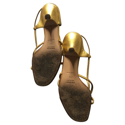 Prada Goldfarbene Sandalen