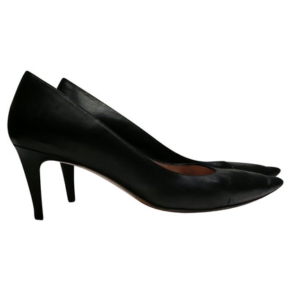 Pura Lopez pumps in Black