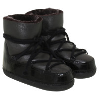 IKKII Black Moon boots