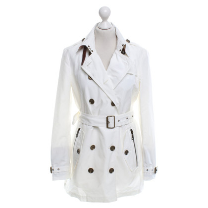 Burberry Trenchcoat in Creme