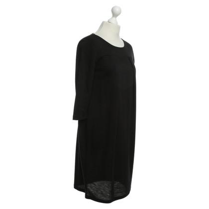 Hugo Boss Short sleeve dress in black