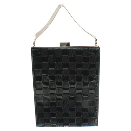 Louis Vuitton Clutch aus Lackleder