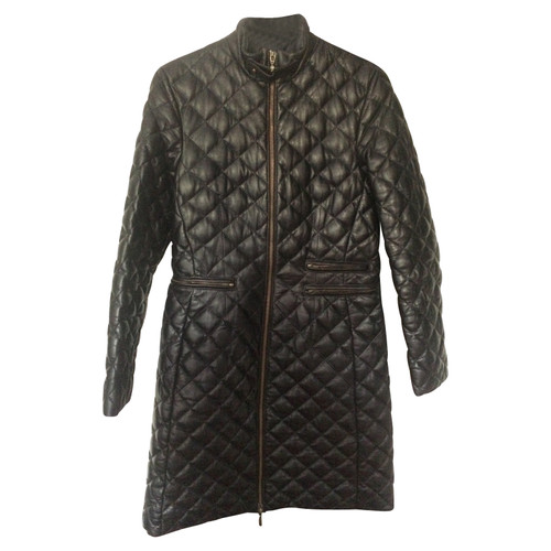 613d7f6f68 Moncler Giacca/Cappotto in Pelle in Nero - Second hand Moncler ...