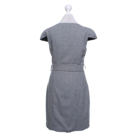Blumarine Kleid mit Muster Schwarz / Weiß Echt Günstiger Preis Erkunden Günstigen Preis IH1iUzEW