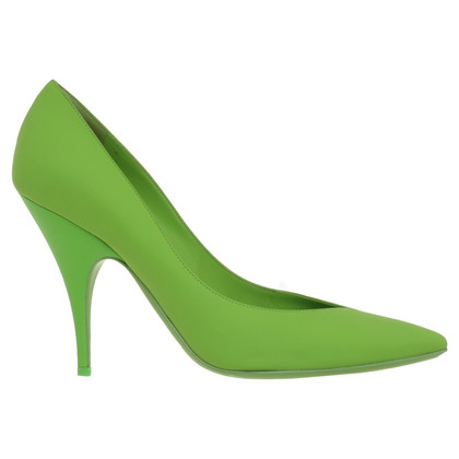 Moschino pumps in green