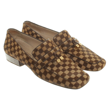 Louis Vuitton Loafer aus Damier Ponyfell