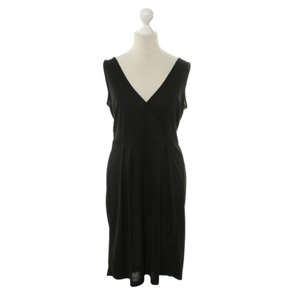 Filippa K Dress in black with back cutout