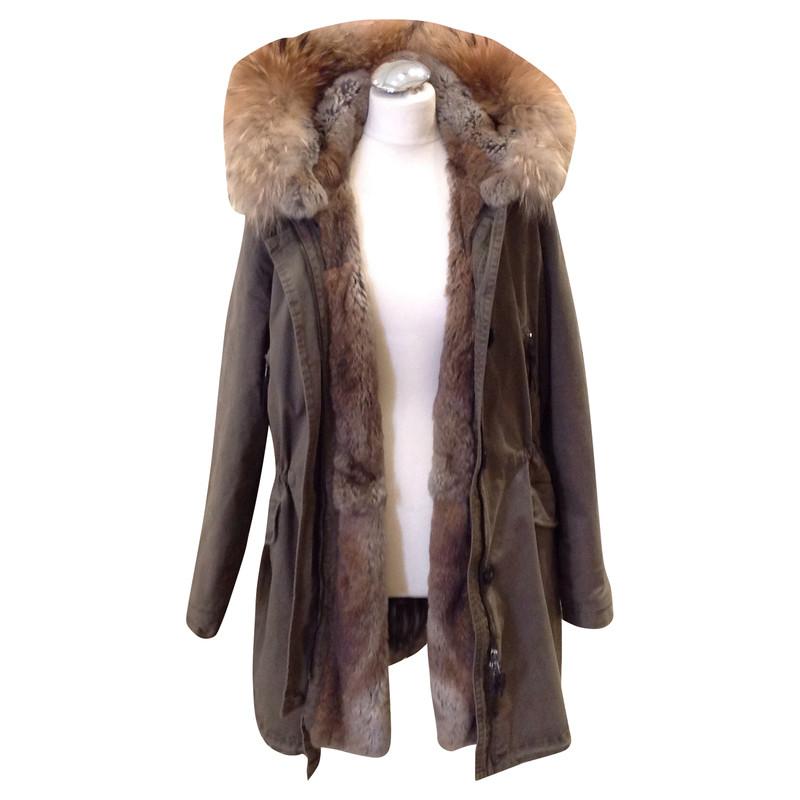 blonde no8 parker with fur buy second hand blonde no8 parker with fur for. Black Bedroom Furniture Sets. Home Design Ideas