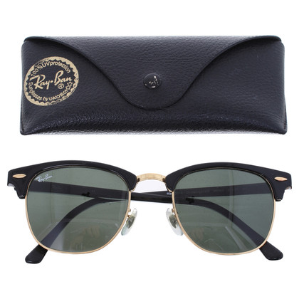 Ray Ban Sunglasses in black