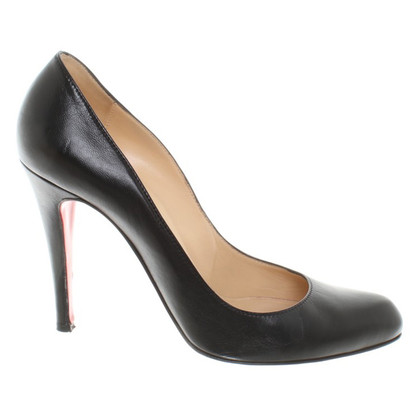 Christian Louboutin pumps in nero