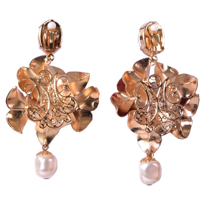 Dolce & Gabbana Ear clips with pearls