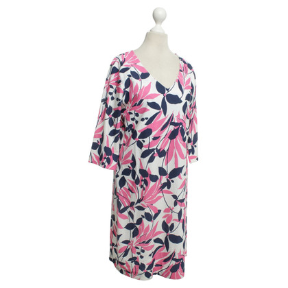 Gant Dress with a floral pattern