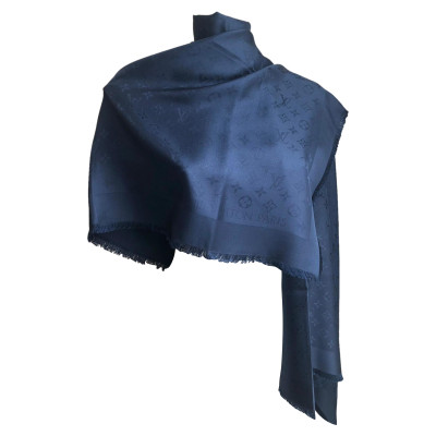 1b158e50c87b Louis Vuitton Scarves and Shawls Second Hand  Louis Vuitton Scarves ...